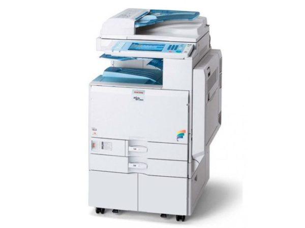 Fotocopiadora a Color Ricoh Aficio MP C3300