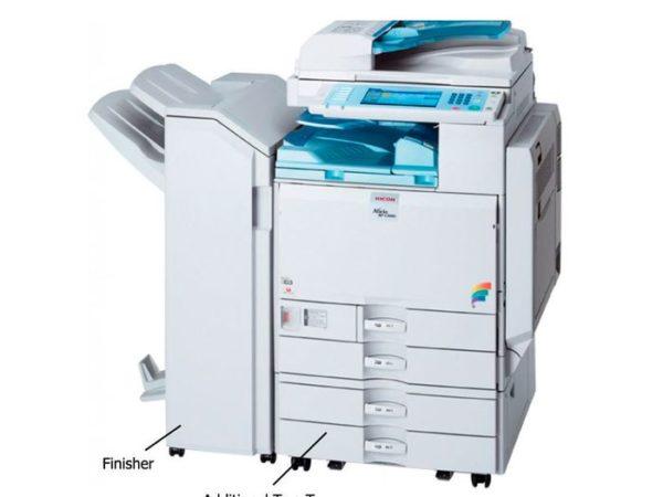 Fotocopiadora de Oficina Ricoh Aficio MP C3500